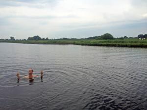 zwemmen in het water